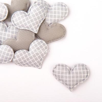 Патч сердце в клеточку серое 3,5 см