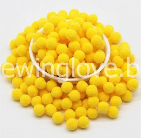 Помпон плюшевый мини желтый