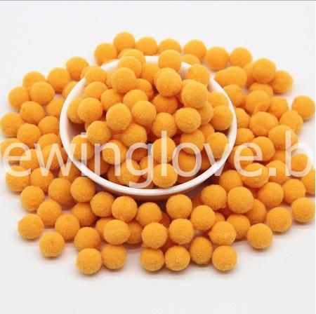 Помпон плюшевый мини оранжевый