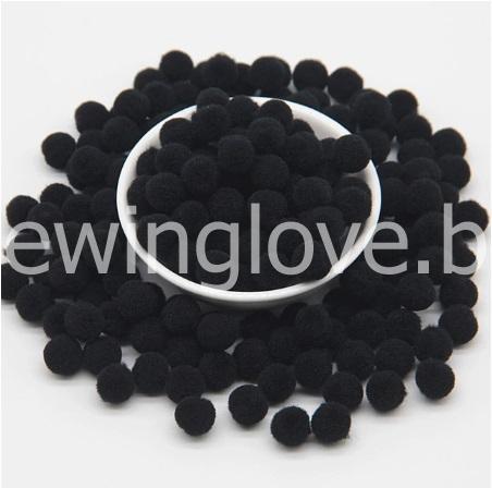 Помпон плюшевый мини черный